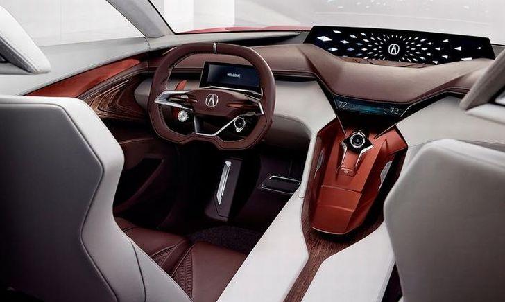 未来の車はボタンが無くなる