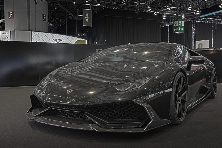 DMCによるランボルギーニ・ウラカン・ジェッダ|漆黒の闇の様な車